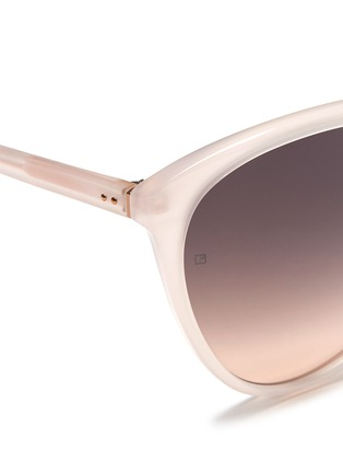Detail View - Click To Enlarge - LINDA FARROW VINTAGE - Oversized acetate round cat eye sunglasses