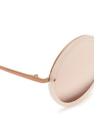 Detail View - Click To Enlarge - Linda Farrow - Metal bridge acetate mirror sunglasses
