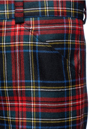 Detail View - Click To Enlarge - Gucci - Washed wool tartan cropped pants