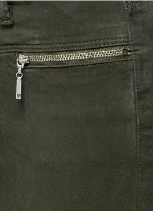 Detail View - Click To Enlarge - J Brand - 'Miranda' mid rise zip sateen skinny pants