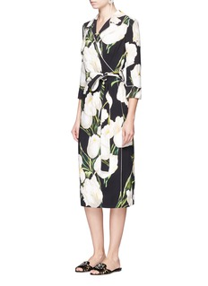Dolce & GabbanaTulip print belted pyjama shirt dress