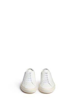 模特儿示范图 - 点击放大 - COMMON PROJECTS - Original Achilles真皮系带运动鞋