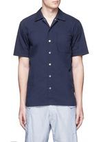 Spread collar short sleeve wind shirt