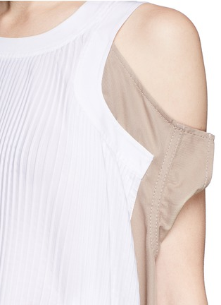 Detail View - Click To Enlarge - Sacai - Twill panel plissé pleated drawstring dress