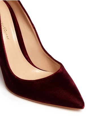 Detail View - Click To Enlarge - Gianvito Rossi - 'Ellipsis' velvet pumps