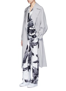 F.R.S For Restless Sleepers 'Rea' greyscale leaf print silk pyjama shirt