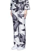'Crono' greyscale leaf print silk pyjama pants