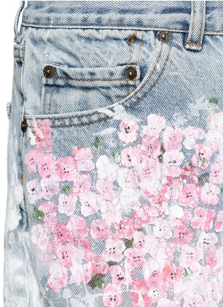 Detail View - Click To Enlarge - RIALTO JEAN PROJECT - One of a kind hand-painted cherry blossom splatter vintage shorts