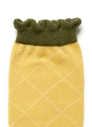 Detail View - Click To Enlarge - HANSEL FROM BASEL - Pineapple crew socks
