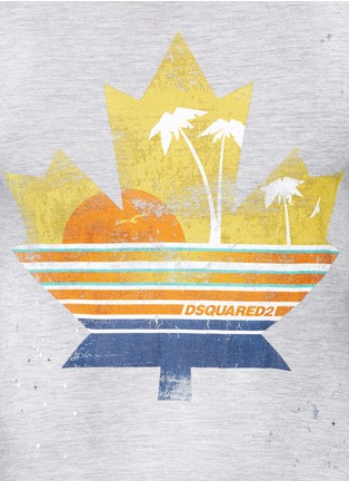 Detail View - Click To Enlarge - Dsquared2 - Tropical maple leaf print T-shirt