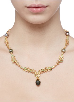 Detail View - Click To Enlarge - Heting - 'Pinecone' tsavorite pearl 18k gold necklace