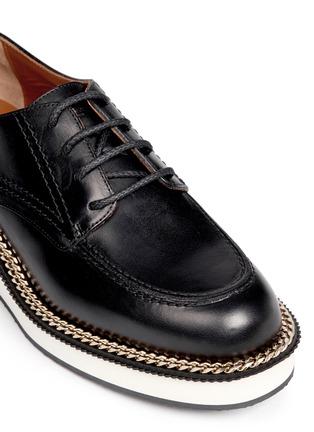 细节 - 点击放大 - GIVENCHY - 链条装饰真皮系带鞋