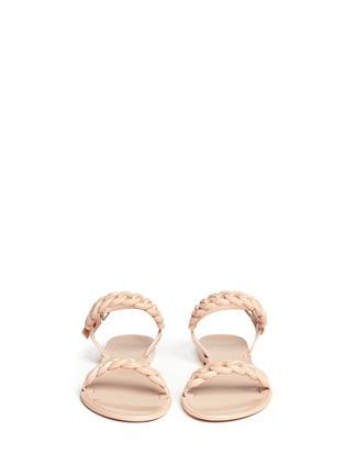 模特儿示范图 - 点击放大 - GIVENCHY - 锁链造型果冻凉鞋