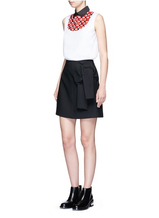 Figure View - Click To Enlarge - Cynthia & Xiao - Woven ribbon bib sleeveless cotton shirt