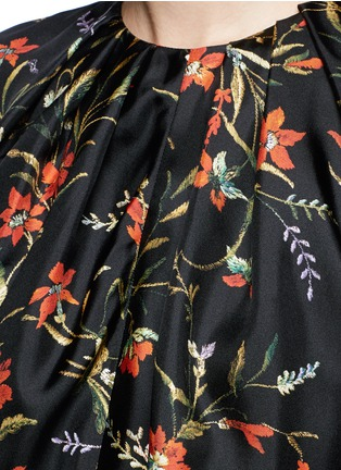 Detail View - Click To Enlarge - Balenciaga - Floral print silk twill top
