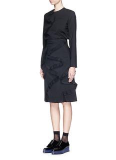 FACETASM'Tremble' pleat ruffle trim blouse
