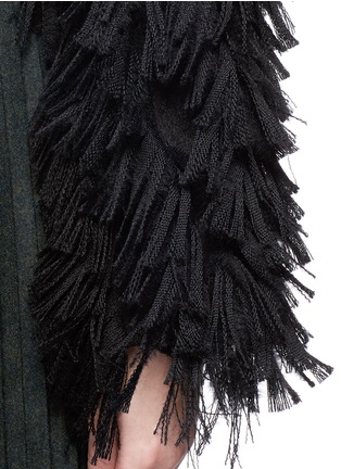 Detail View - Click To Enlarge - FACETASM - 'Shifted' fringe sleeve cutout cropped jacket