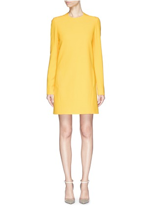 Main View - Click To Enlarge - Victoria Beckham - Open bow back double crepe shift dress