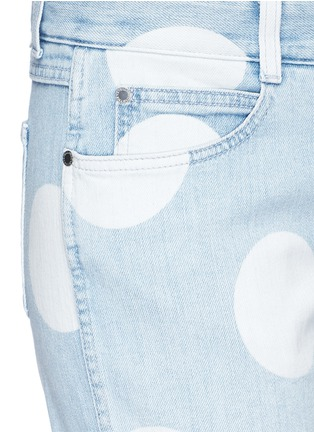 Detail View - Click To Enlarge - Stella McCartney - 'Thanks Girls' slogan embroidered polka dot print jeans