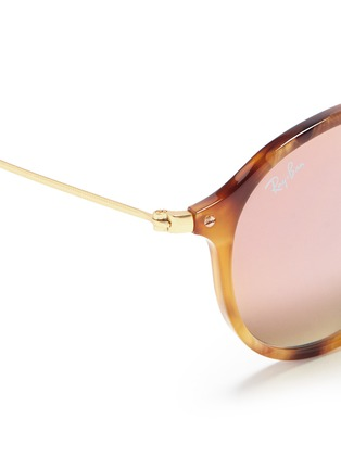 Detail View - Click To Enlarge - Ray-Ban - 'Round Fleck Flash' tortoiseshell acetate mirror sunglasses