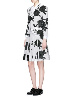 THOM BROWNE Double blossom intarsia pleat skirt