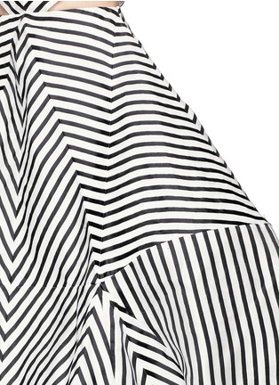 Detail View - Click To Enlarge - Rosie Assoulin - 'La Scarpa' cutout stripe organza gown
