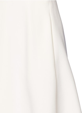 Detail View - Click To Enlarge - Alexander McQueen - Pleat overlay crepe cape dress