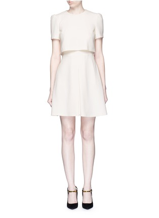 Main View - Click To Enlarge - Alexander McQueen - Pleat overlay crepe cape dress