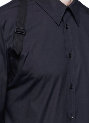 Detail View - Click To Enlarge - Alexander McQueen - Slim fit harness cotton shirt