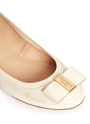 Detail View - Click To Enlarge - Kate Spade - 'Tock' bow patent leather ballerina flats