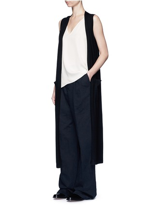 Figure View - Click To Enlarge - Theory - 'Narcyz' V-neck silk shell top