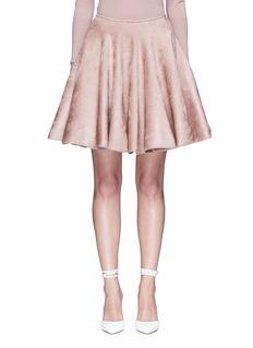 ALAÏA天鹅绒质感喇叭半身裙