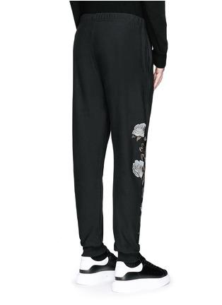 背面 - 点击放大 - ALEXANDER MCQUEEN - 玫瑰刺绣纯棉运动裤