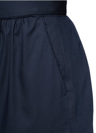 Detail View - Click To Enlarge - Ms MIN - Pleated wool shorts
