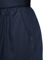 Pleated wool shorts