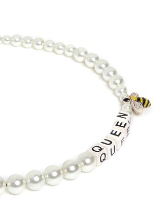 细节 - 点击放大 - VENESSA ARIZAGA - 蜂后造型玻璃珍珠项链