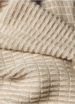 Detail View - Click To Enlarge - OYUNA - Kenza cashmere throw