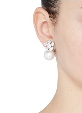 Figure View - Click To Enlarge - Kenneth Jay Lane - Glass pearl crystal pavé floral clip earrings