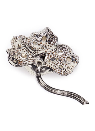 Detail View - Click To Enlarge - Kenneth Jay Lane - Glass crystal pavé floral brooch
