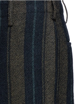 Detail View - Click To Enlarge - Uma Wang  - 'Cargo' relaxed fit stripe wool-linen pants