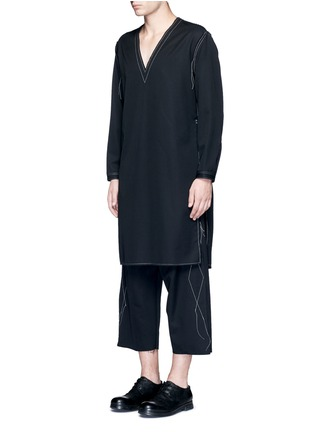 Front View - Click To Enlarge - Sulvam - Side slit V-neck wool tunic shirt