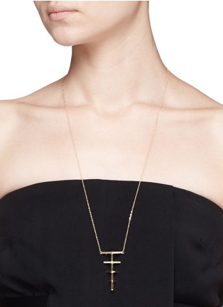 Detail View - Click To Enlarge - Phyne By Paige Novick - 'Sophia' 18k gold diamond pavé graduating triangle necklace
