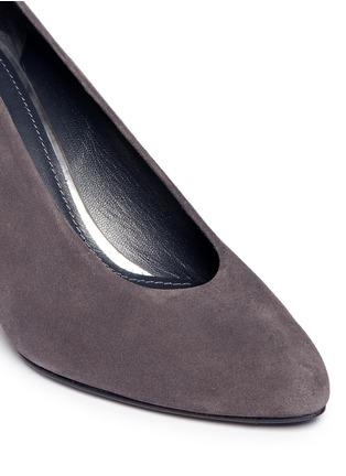Detail View - Click To Enlarge - Stuart Weitzman - 'Choke Up' block heel suede pumps