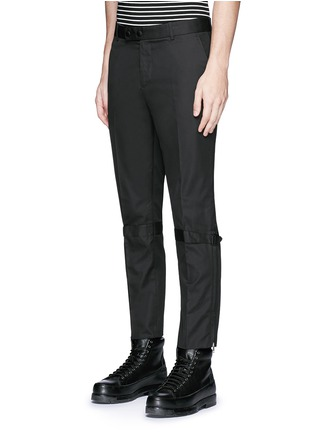 Front View - Click To Enlarge - Alexander McQueen - Harness cotton twill cropped pants