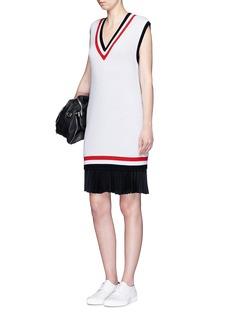 MO&Co.Cricket stripe sleeveless sweater dress