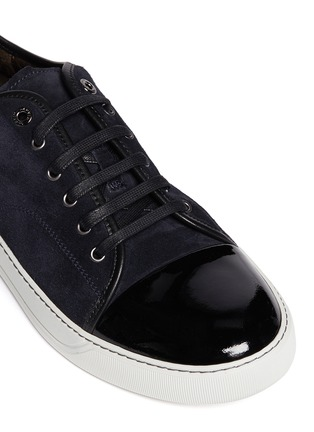 Detail View - Click To Enlarge - Lanvin - Suede and patent leather sneakers
