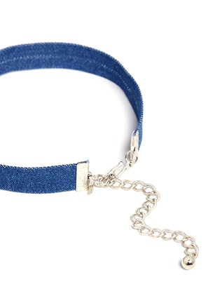 Detail View - Click To Enlarge - KENNETH JAY LANE - Glass crystal star charm denim choker