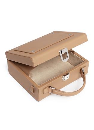- 71172 - 'Art' leather trunk bag