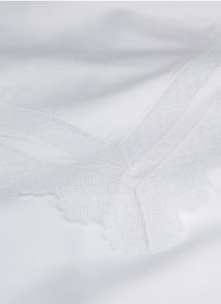Detail View - Click To Enlarge - FRETTE - Macramé Lace queen size duvet set – White
