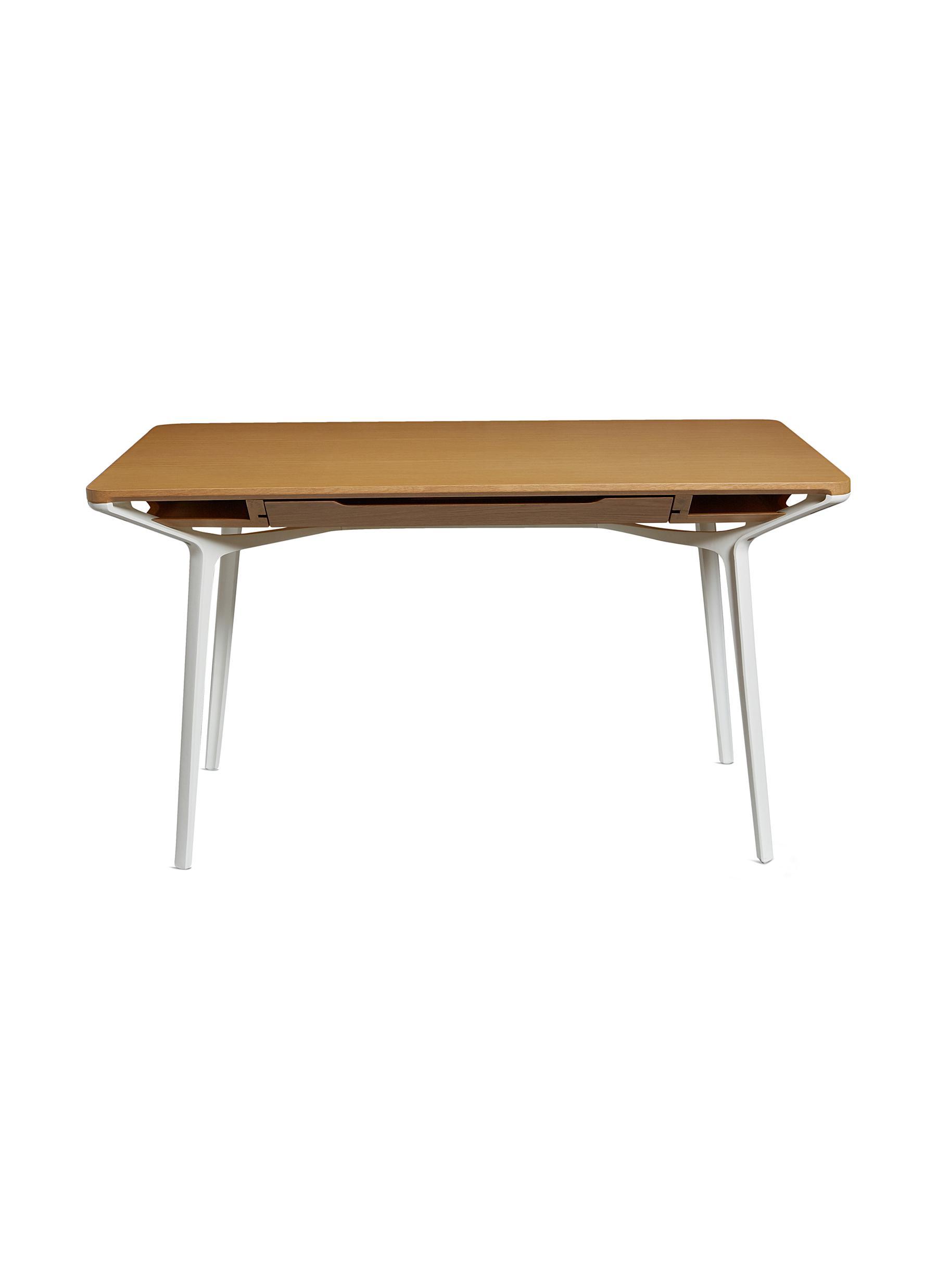Herman Miller. Carafe small table 6c4cf8340